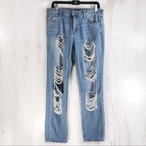 Forever 21 boyfriend destroyed med blue jeans